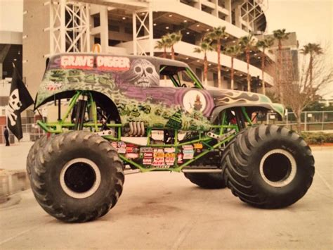 grave digger truck wiki grave digger 19 trucks wiki fandom powered by