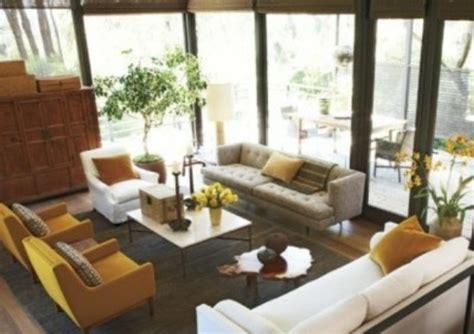 Gelbe Esszimmer Stühle by Wohnzimmer In Rot