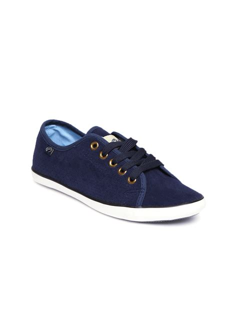 myntra shoes myntra boltio navy casual shoes 875394 buy myntra