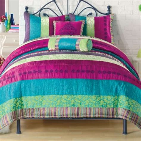 cute bedding for college 5 cute dorm room bedding styles