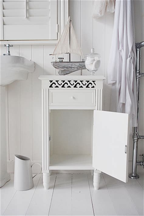 Westport Cabinets by Westport White Bathroom Cabinet With Cupboard And Drawer