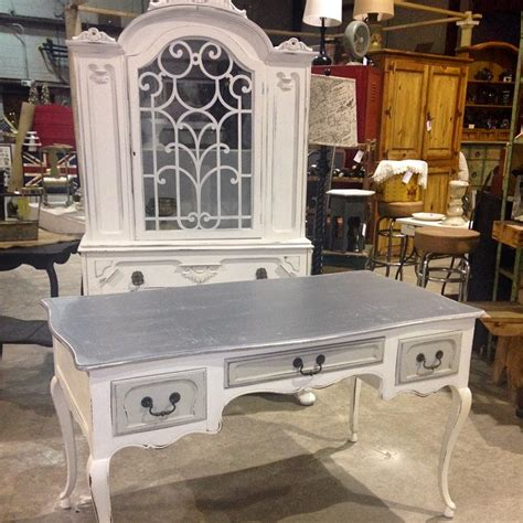chalk paint sloan where to buy where to buy sloan chalk paint repurposed and refined
