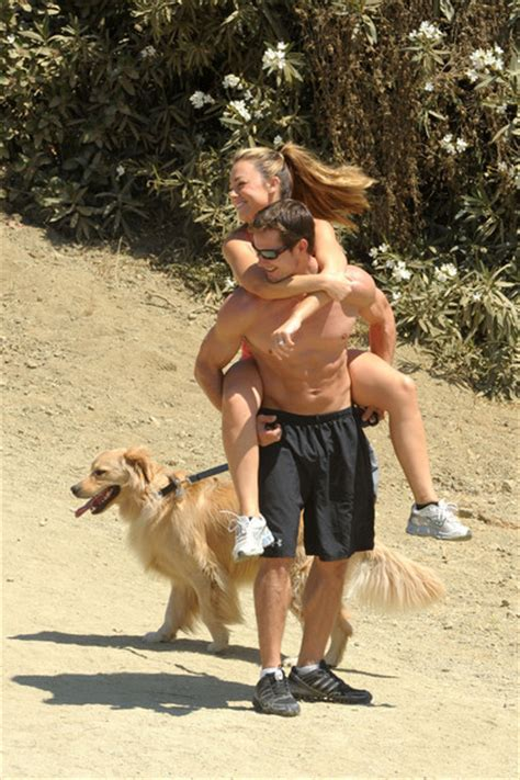 golden retriever hiking kyle carlson photos and husband kyle carlson take a hike in runyon