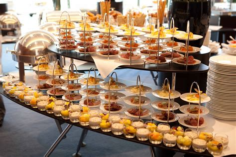 For Some Brunch Buffet Table Setting Ideas Go From Brunch Brunch Buffet Ideas