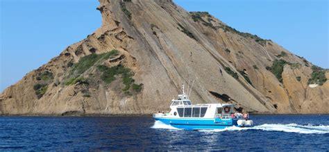 parc national des calanques boat tour boat trip through the calanques tourist information