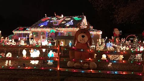 america christmas light set up american house