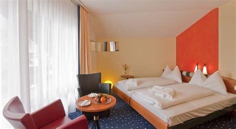grand room membership cost hotel metropol saas fee powderbeds