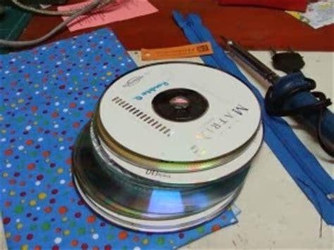 cara membuat kerajinan tangan dari cd bekas cara membuat tempat tisu dari kaset cd bekas cara