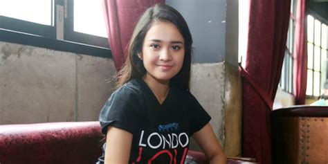 film london love story michelle ziudith michelle ziudith jamin london love story beda dari