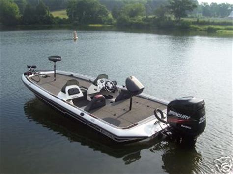 used bass boat websites boats 2005 chion 198 elite dual console bass boat
