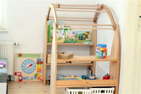 kinderzimmer nach montessori kinderzimmer gestalten nach montessori bibkunstschuur