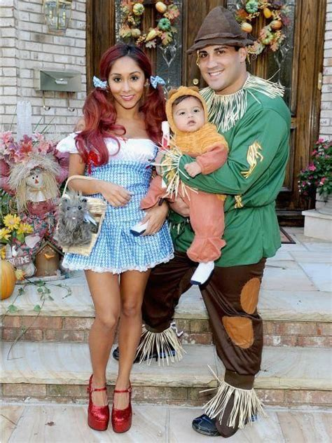 wizard  oz family costumes pictures   images