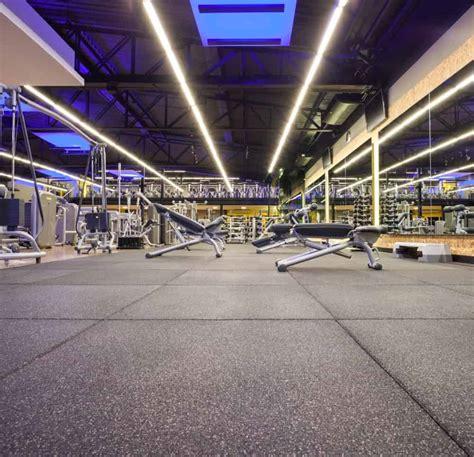 piso de pisos para academias