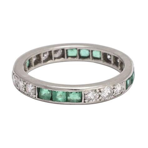 1920s deco emerald platinum eternity ring for