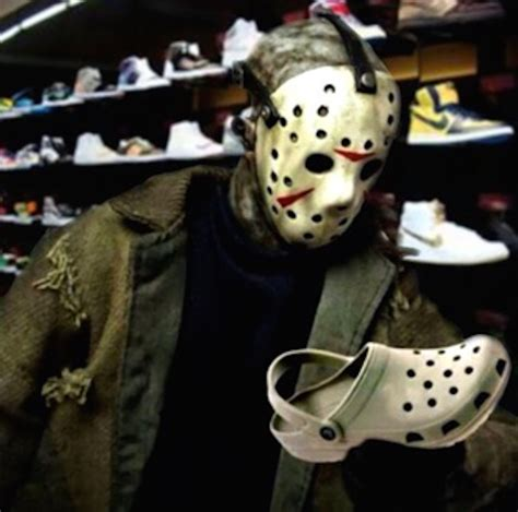 jason voorhees memes 10 hilarious friday the 13th memes the 13th floor