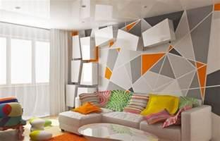 Beau Papier Peint De Chambre #4: papier-peint-geometrique-triangles-gris-orange-canape-angle.jpg