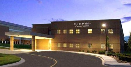 mclaren hospital mi mclaren macomb center ted b wahby cancer center