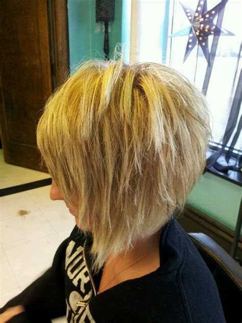 stacked shaggy haircuts best 25 stacked angled bob ideas on pinterest longer