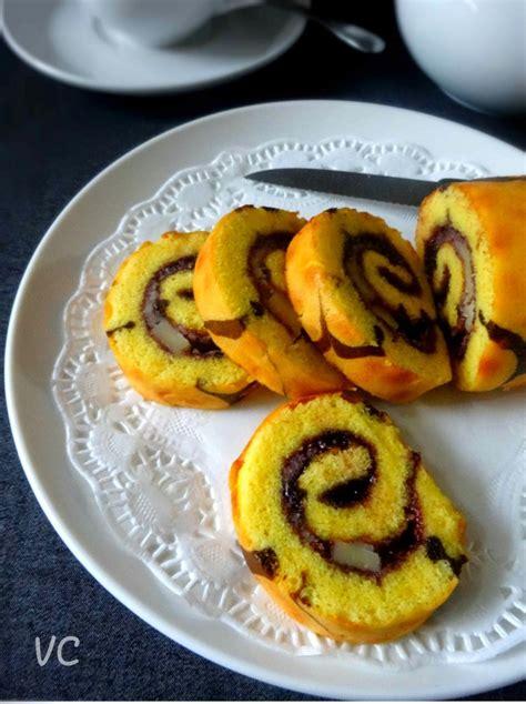 membuat bolu gulung sederhana resep sederhana membuat kue bolu gulung blueberry yang