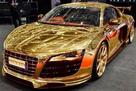 gatsby drives a golden car gatsby cars