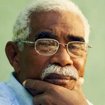 old black man with grey hair how to choose glasses the best glasses for face shape