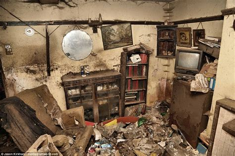 rooms found in houses abandoned pet rescure home reveals skeletons of cats and dogs in cages daily mail