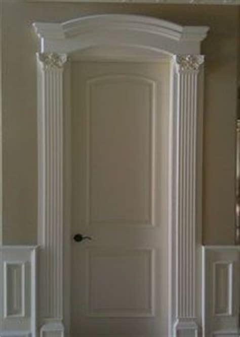 Crown Doors by 25 Best Ideas About Door Molding On Craftsman Style Interiors Door Casing And