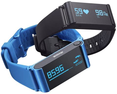 best activity tracking device top 10 best health fitness and activity trackers
