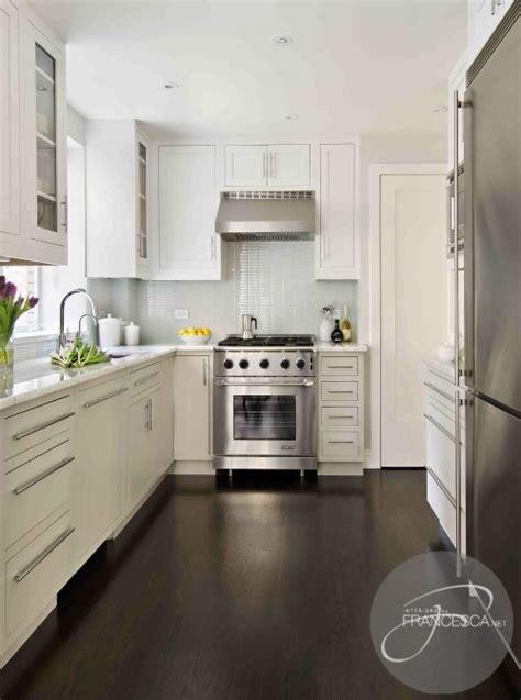 Floor Kitchen Cabinets by White Kitchen Cabinets Dark Hardwood Floors Contemporary