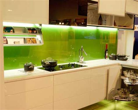 green kitchen glass splashback