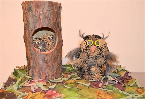 diy nature decor owls made of pine cones and feathers