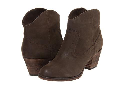 rocket boots womens rocket soundoff womens pull on boots