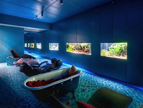 Bathtub Aquarium by Aquarium Bathtub Relaxation Room