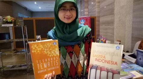 Tesaurus Alfabetis Bahasa Indonesia 4 produk baru aplikasi bahasa diluncurkan di hari sumpah