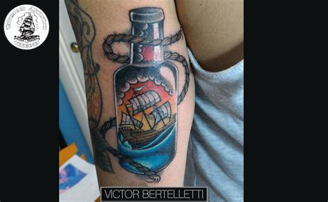 tattoo old school pugile tatuaggio traditional color la bottiglia in mare victor