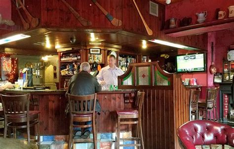 kellys bar birr restaurant reviews phone number