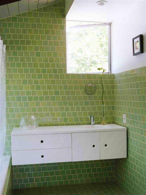 bathroom tile ideas 2011 9 bold bathroom tile designs hgtv s decorating design