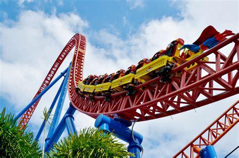 theme park australia a rollercoaster ride around the gold coast