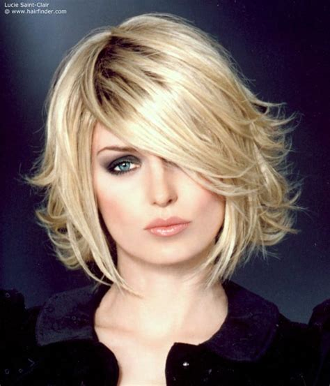 out grow a bob hair style and layer idea for style when letting short hair grow out