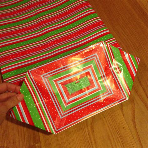 How To Make A Purse Out Of Paper - how to make a gift bag out of wrapping paper happy