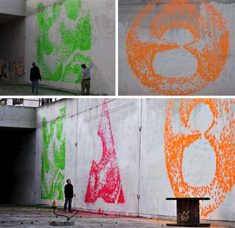 bedroom spray facade printer robotic muralist spray paints walls at 5 dps
