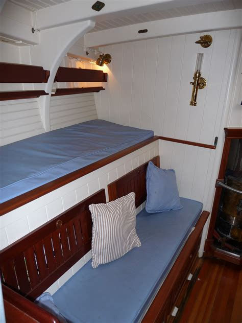 Sleeper Berth Position In by Berth Pictures To Pin On Pinsdaddy