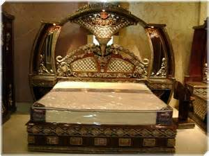 Bedding Sets In Pakistan Buy Heavy Carved Royal Bedroom Set In Pakistan Contact
