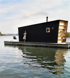 Small Homes On The Water Modern Tiny Floating House Tiny House Pins