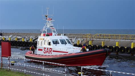 jacht zefir poszukiwania jachtu zefir przerwane region radio szczecin