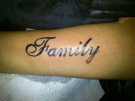 famliy tattoo lettering by sotoner on deviantart