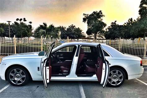 hire  luxury car  driver  dubai  ease  travel