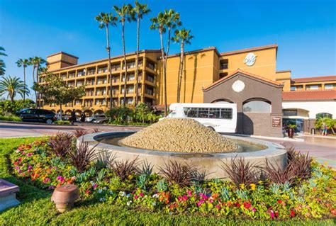 hotel resort disney resort neighbor els hotel menage anaheim ca hotel menage anaheim resorts