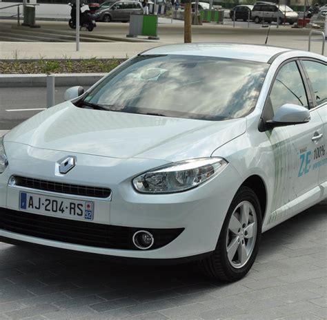 wagen abgeschleppt kosten elektroauto erste fahrt im renault fluence z e bilder