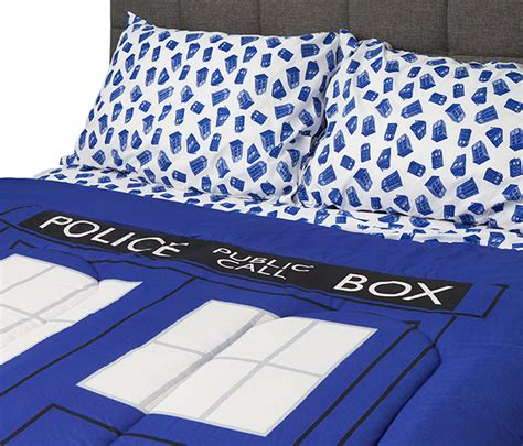 dr who bedding doctor who tardis bedding thinkgeek